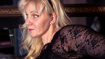 AlianaCute's hot webcam show – Mature Woman on Jasmin