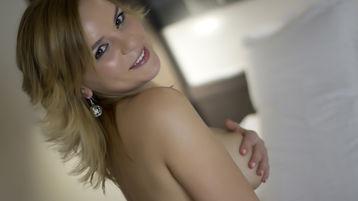Show quente na webcam de 1Emy – Meninas em Jasmin
