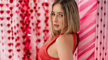 AdeleGorgeousxx vzrušujúca webcam show – Dievča na Jasmin