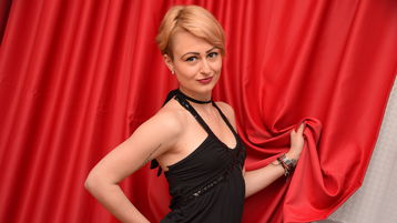 DivineKlara's hot webcam show – Girl on Jasmin