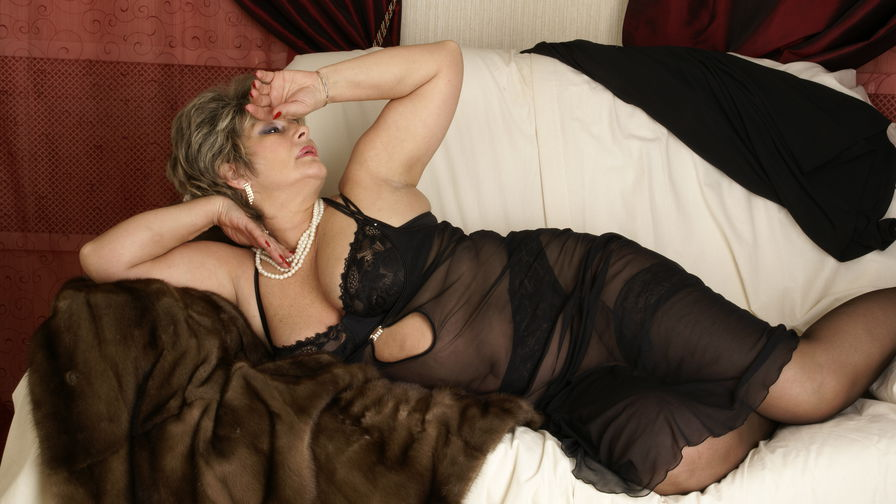 CharmGrannyX's profile picture – Mature Woman on LiveJasmin