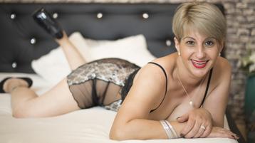 RomanticDee's hot webcam show – Mature Woman on Jasmin