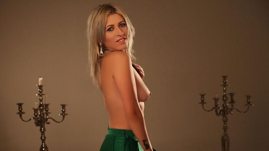 BlissfulKarla's profile picture – Girl on LiveJasmin