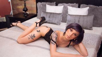 ElviraGlam's hete webcam show – Meisjes op Jasmin