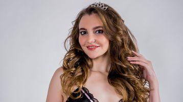 Show fierbinte la webcam JewelLux  – Fata pe Jasmin