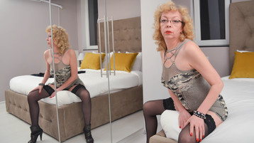 KarinaJoness's hot webcam show – Mature Woman on Jasmin