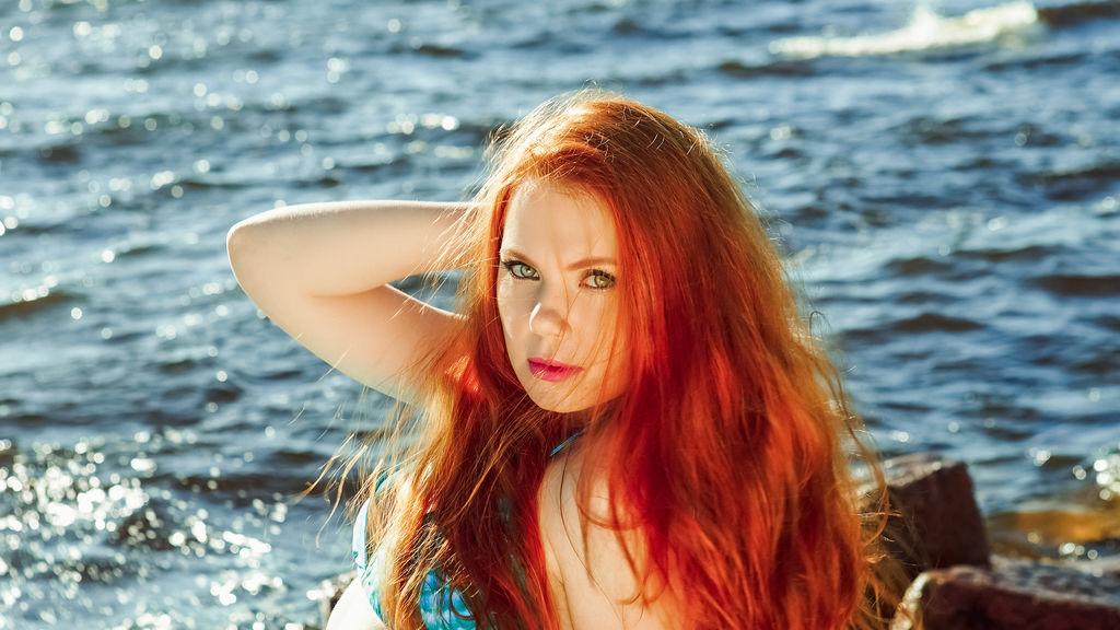 Chat de Sexo en Vivo Gratis Con HotRedElaiza - Cam4red