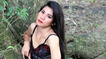 Show-ul fierbinte al lui AsiasAffairX – Transsexual pe Jasmin