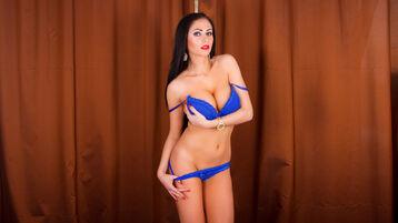 Show fierbinte la webcam LauraHOTTT  – Fata pe Jasmin