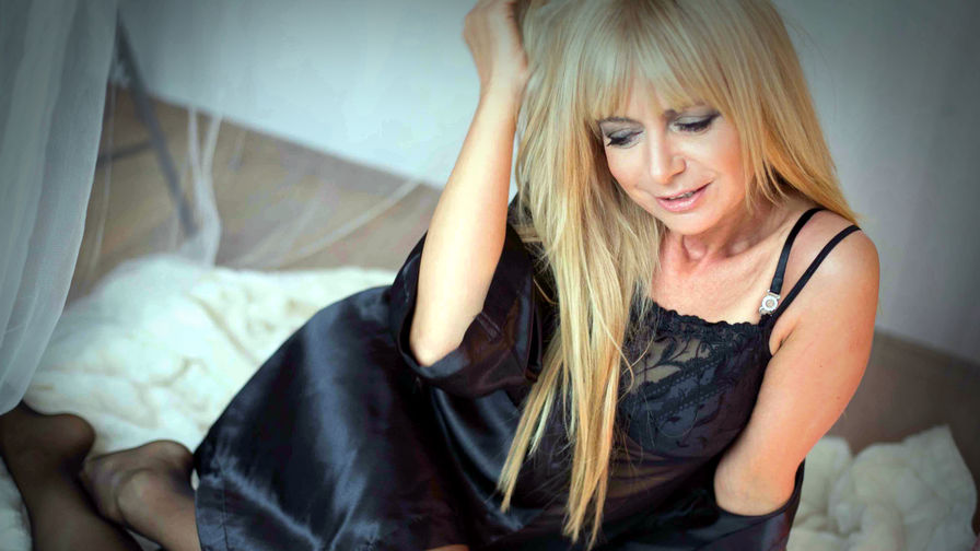 ROXANEsweet's profile picture – Mature Woman on LiveJasmin