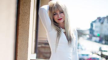 ROXANEsweet's hot webcam show – Mature Woman on Jasmin
